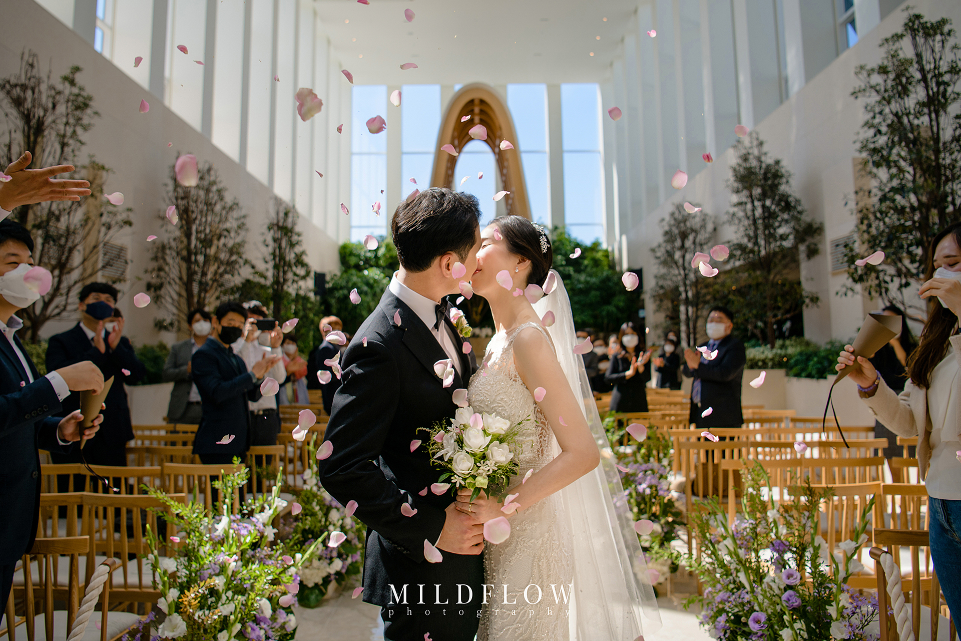 real-wedding03_mildflow02